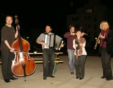 """EAST AND WEST"" – Konzert – Ensemble ""GOJIM"" spielte  in der Kirche CYRILL und METHOD"